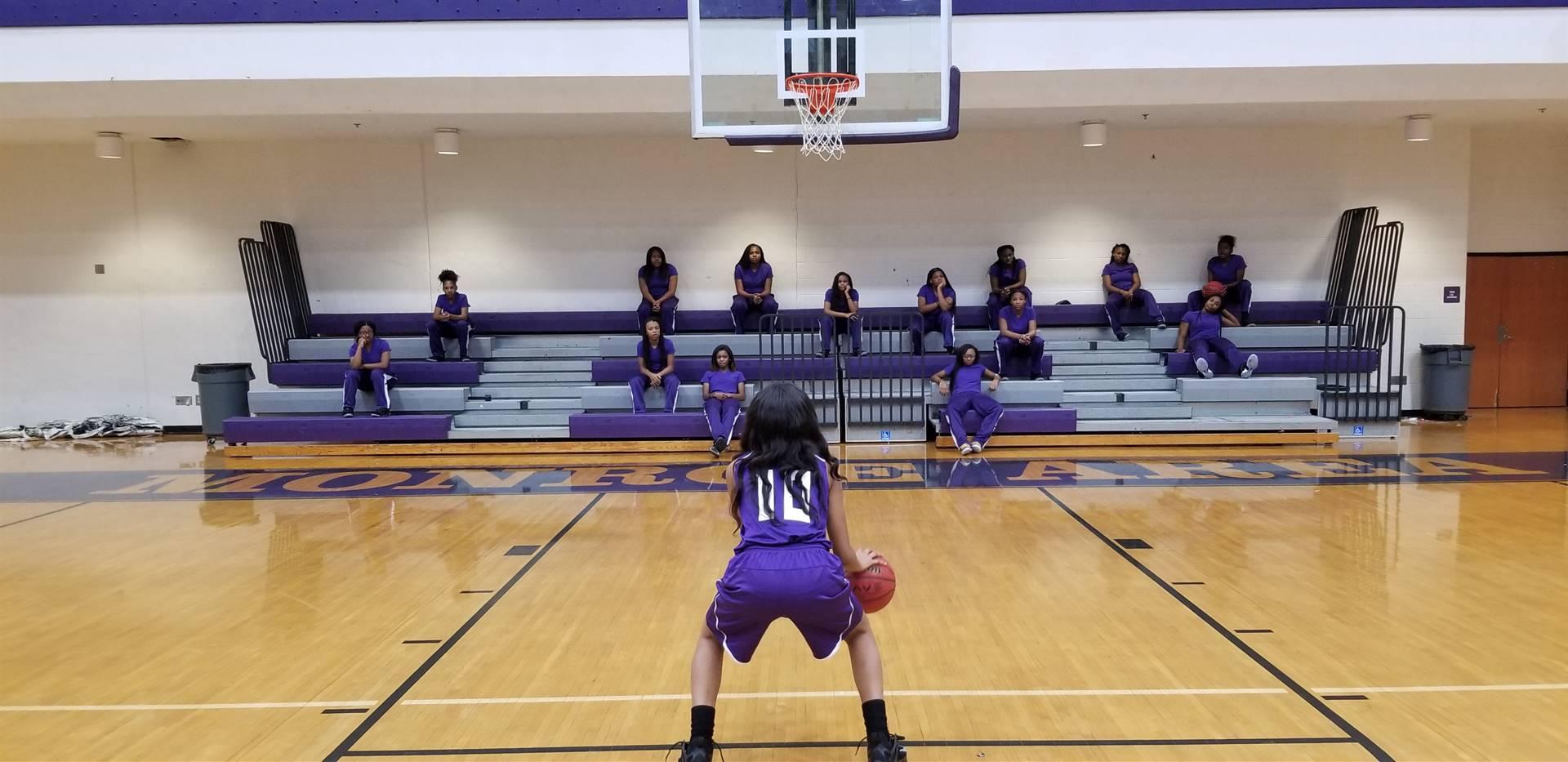 Gym 17-18 Girls Basketball