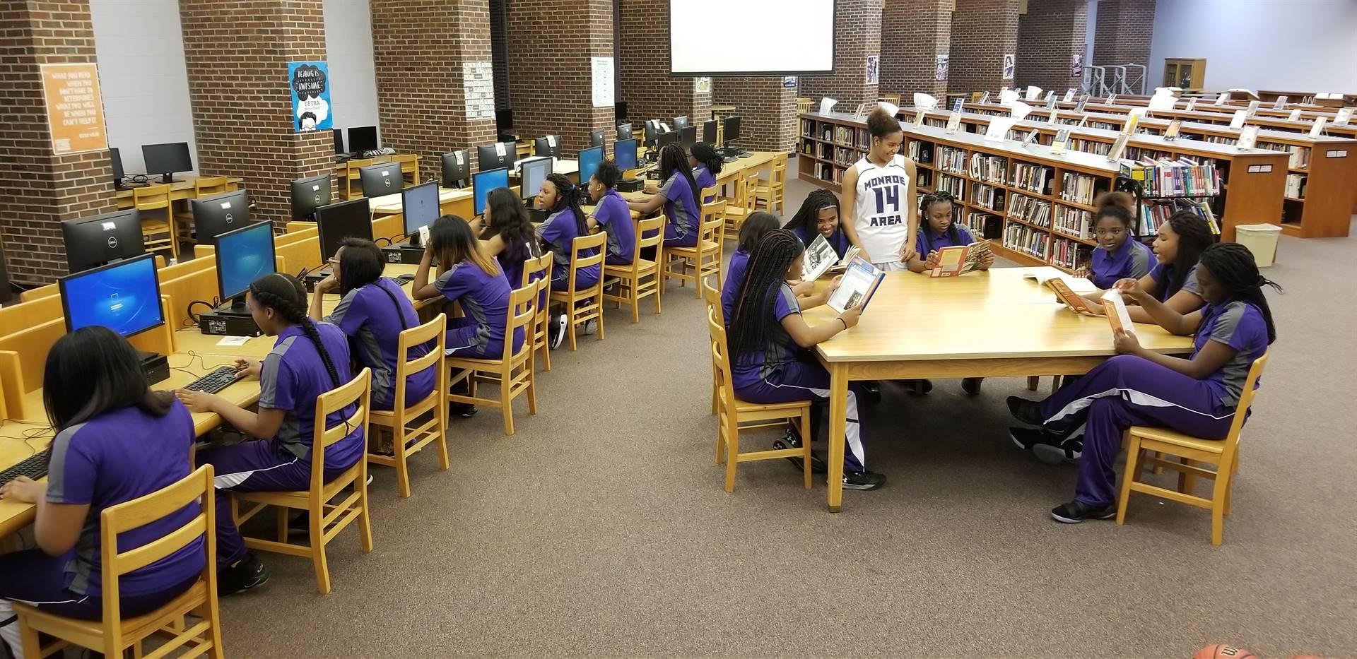 Media Center 17-18 Girls Basketball