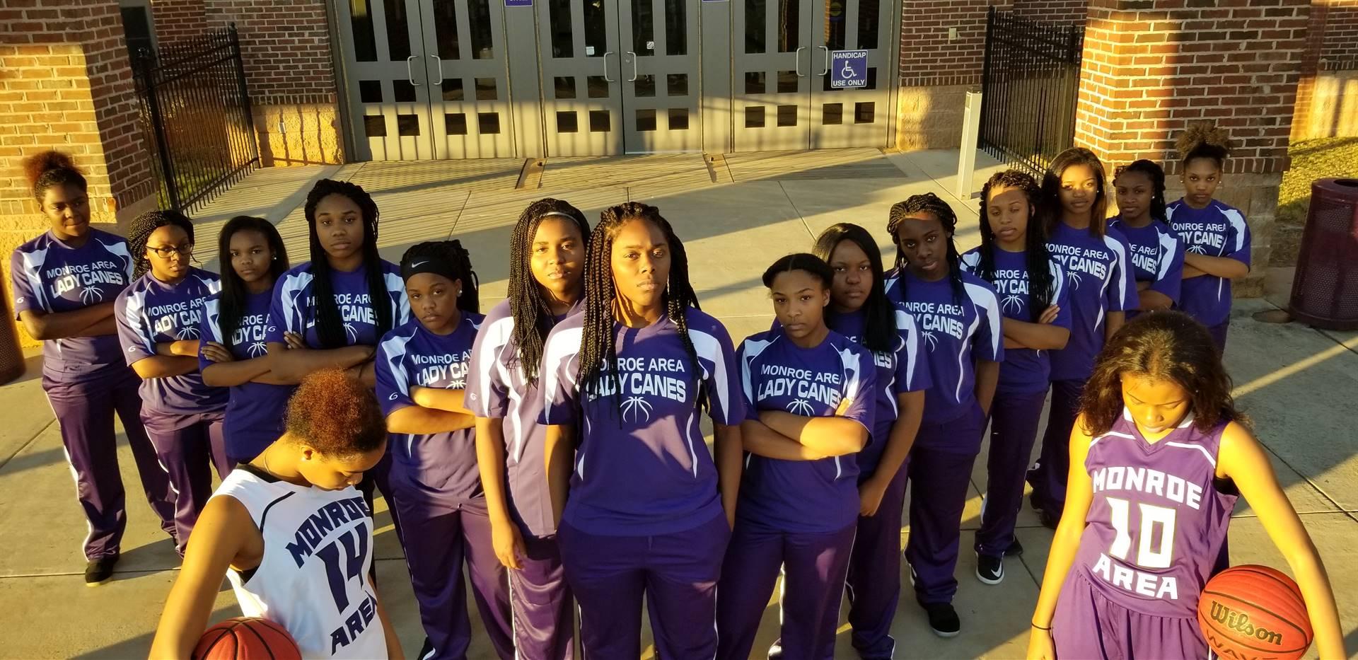 Team 17-18 Girls Basketball